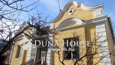 Eladó Ház, Veszprém megye, Veszprém, Belvárosi, két szintes felújítandó kúria