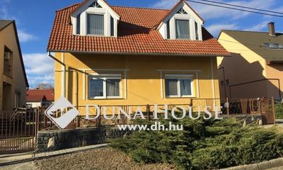 Eladó Ház, Baranya megye, Pécs, Pécs csendes, kertvárosias része !