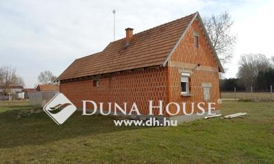 Eladó Ház, Bács-Kiskun megye, Lajosmizse, A város szélén