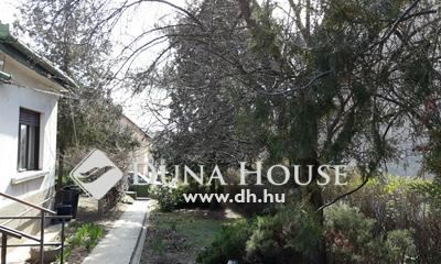 Eladó Ház, Budapest, 16 kerület, csendes utca, Szlovák út közelében