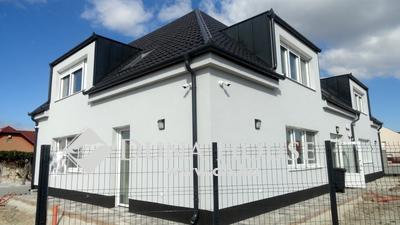 Kiadó Lakás, Veszprém megye, Veszprém, Várpanorámás, 3 szobás kiadó téglalakás