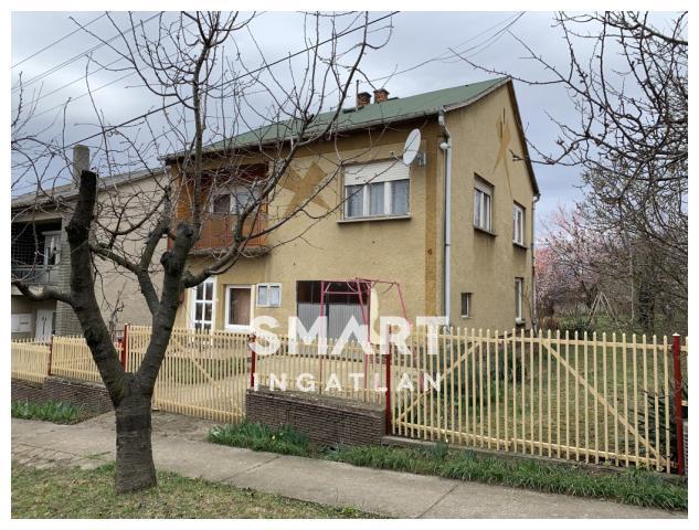 Eladó Ház, Baranya megye, Pécs, Harangvirág utca
