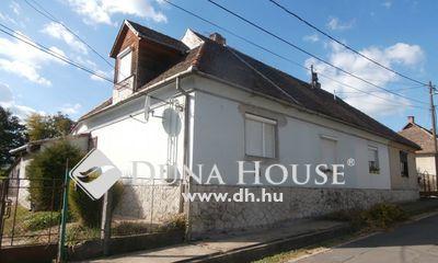 Eladó Ház, Baranya megye, Pécs, Karancs utca