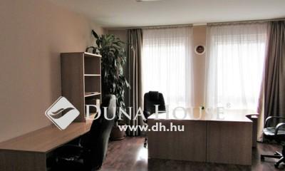 Eladó Lakás, Budapest, 13 kerület, Kiváló állapotú, klímás, 4 szobássá alakítható!