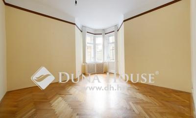 Eladó Lakás, Budapest, 7 kerület, Város szívében nagy erkélyes!