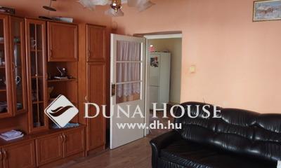 Eladó Ház, Bács-Kiskun megye, Kiskunfélegyháza, Nappali + 3 hálószobás külön portás ház
