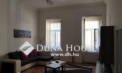 Eladó Lakás, Budapest, 6 kerület, Felújított, 2 szobássá alakítható, 4-6 vonalán!