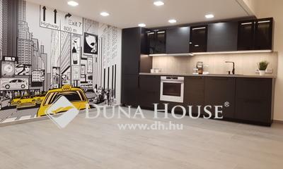 Eladó Lakás, Budapest, 2 kerület, Két duplex lakás szép házban
