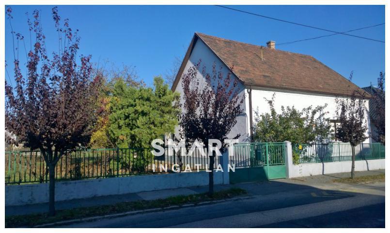 Eladó Ház, Győr-Moson-Sopron megye, Győr, Révfaluban családi ház Önre vár!