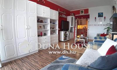 Eladó Lakás, Tolna megye, Dombóvár, Hunyadi tér