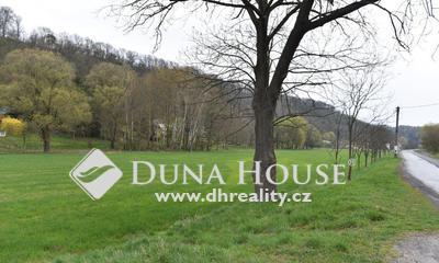 Prodej pozemku, Tupadly, Okres Mělník