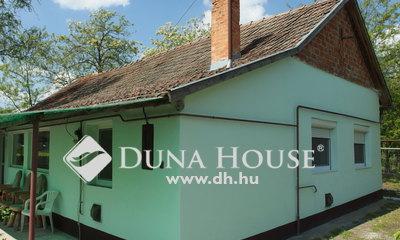 Eladó Ház, Bács-Kiskun megye, Pálmonostora, Modern tanya Pálmonostora-Postaházi dűlő