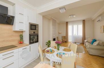 Eladó lakás, Budapest 1. kerület, Csendes, luxus otthon Krisztinavárosban!