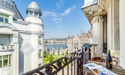 Eladó Lakás, Budapest, 5 kerület, DUNAI PANORÁMÁS, ERKÉLYES lakás a Parlamentnél