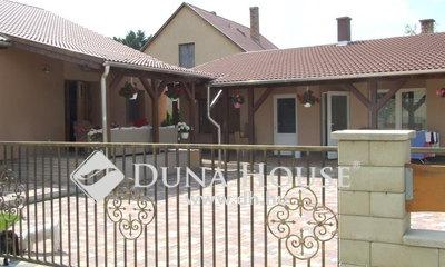 Eladó Ház, Komárom-Esztergom megye, Esztergom, Esztergom-Kertváros, Pozsonyi u. környéke