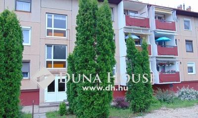 Eladó Lakás, Győr-Moson-Sopron megye, Bakonyszentlászló, csendes kis lakótelep