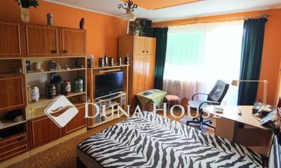 Eladó Lakás, Komárom-Esztergom megye, Tatabánya, Sárberki lakótelep