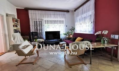 Eladó Ház, Jász-Nagykun-Szolnok megye, Jászberény, Belvárosi 2 szintes tégla ház, jó környéken!