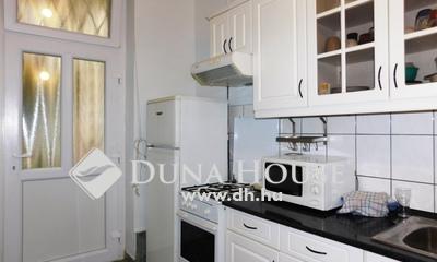 Eladó Lakás, Budapest, 7 kerület, Városligetnél, Peterdy utcában, szép ház