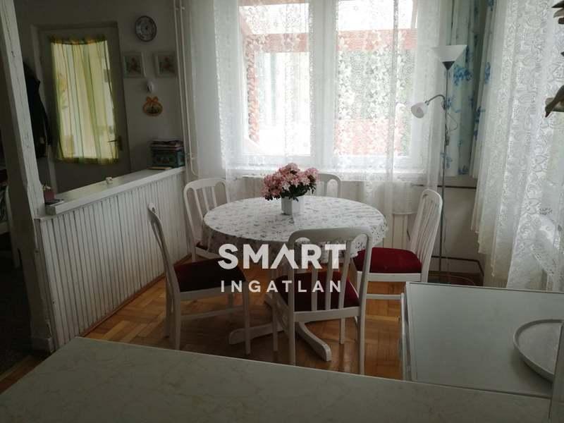 Eladó Ház, Pest megye, Pomáz, Szép kert,tágas élettér,szuper elhelyezkedés