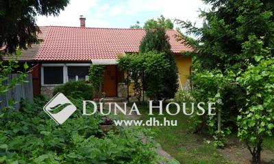 Eladó Ház, Pest megye, Tápiószele, Csendes, rendezett környék