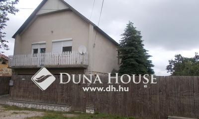 Eladó Ház, Komárom-Esztergom megye, Kisbér, Fő úthoz közeli