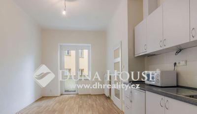 Prodej bytu, U Pernštejnských, Praha 4 Nusle
