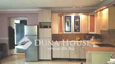Eladó Lakás, Budapest, 14 kerület, 84 m2-es, 3 szobás alakítható, jó közlekedés