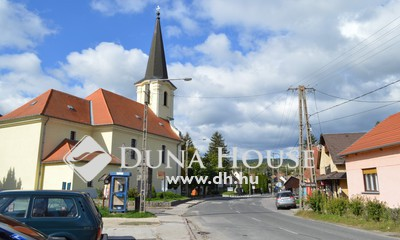 Eladó üzlethelyiség, Komárom-Esztergom megye, Dömös, Dömös központjában, üzleti célra alkalmas ingatlan