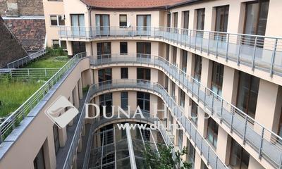 Eladó Lakás, Budapest, 6 kerület, Nagy teraszos,V.emeleti,2 szobás