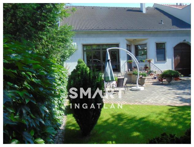 Eladó Ház, Győr-Moson-Sopron megye, Győr, Bergmann cukrászda közelében akár klinikának!