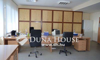 Eladó Iroda, Hajdú-Bihar megye, Debrecen, Medicor területén lévő iroda ház