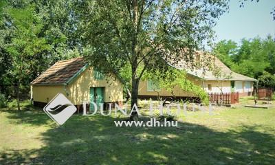 Eladó Ház, Bács-Kiskun megye, Orgovány, Orgovány központjától 2km-re aszfalt úton
