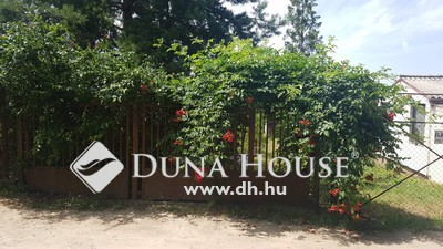 Eladó Ház, Komárom-Esztergom megye, Tatabánya, A város peremén egy fél lakás áráért