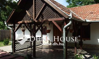 Eladó Ház, Bács-Kiskun megye, Kiskunfélegyháza, Pihenésre alkalmas tanya Selymesben
