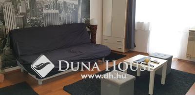 Eladó Lakás, Budapest, 14 kerület, 1.5 szobássá alakitható, 38-nm-es erkélyes lakás