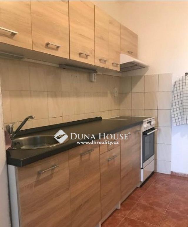 Prodej bytu, U Pramene, Praha 4 Újezd