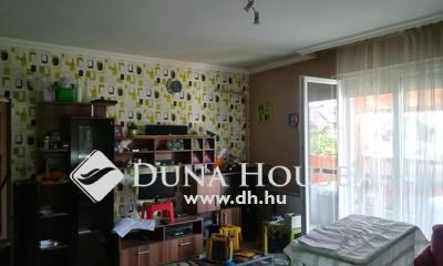 Eladó Ház, Pest megye, Monorierdő, Dupla telek, nagy házzal és hűtőházzal