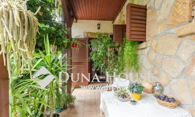 Eladó Ház, Budapest, 14 kerület, Kétgenerációs családi ház gyönyörű kerttel