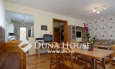Eladó Ház, Bács-Kiskun megye, Kecskemét, Hollandfaluban nappali+4 szobás sorház