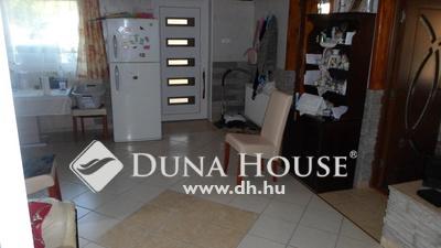 Eladó Ház, Pest megye, Veresegyház, 2 lakásos ház 436 nm-es telekkel