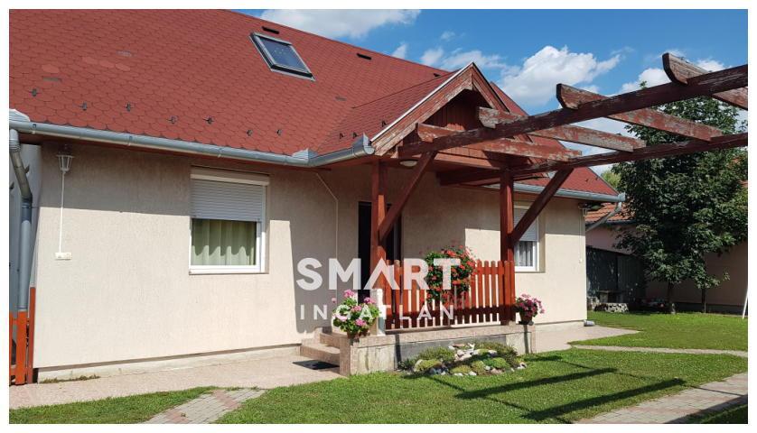 Eladó Ház, Pest megye, Üllő, Játszótér közelében