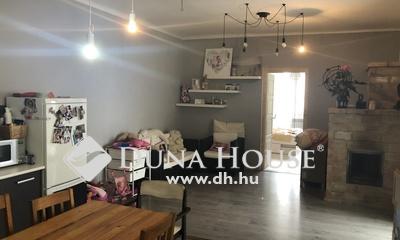 Eladó Ház, Pest megye, Dunabogdány, Kítünő elhelyezkedés-Felújított állapot!