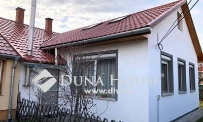 Eladó Ház, Pest megye, Herceghalom, Központi csendes utcában
