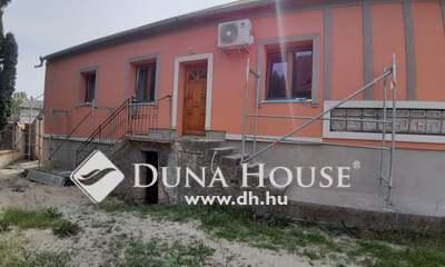 Eladó Lakás, Tolna megye, Dombóvár, Szabadság utca