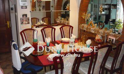 Eladó Ház, Pest megye, Pécel, Budapesthez közeli rész