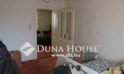 Eladó Ház, Csongrád megye, Csongrád, Családi ház 4 szobával, azonnal birtokba vehető