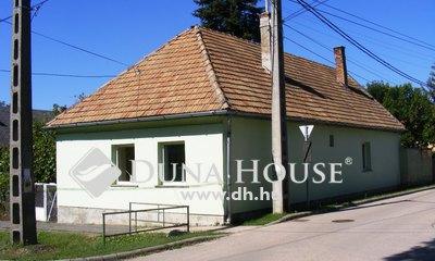 Eladó Ház, Pest megye, Biatorbágy, Központi rész