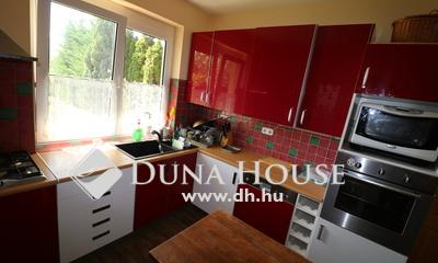 Eladó Ház, Pest megye, Őrbottyán, 150 nm-es két generációs családi ház