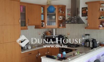 Eladó Lakás, Pest megye, Szigetszentmiklós, Központ közelében szuper lakás